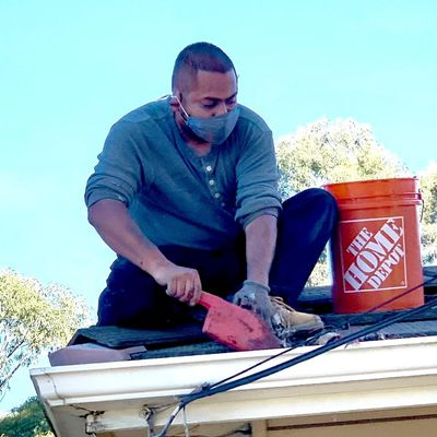 Avatar for sdgutter services and roof repair .