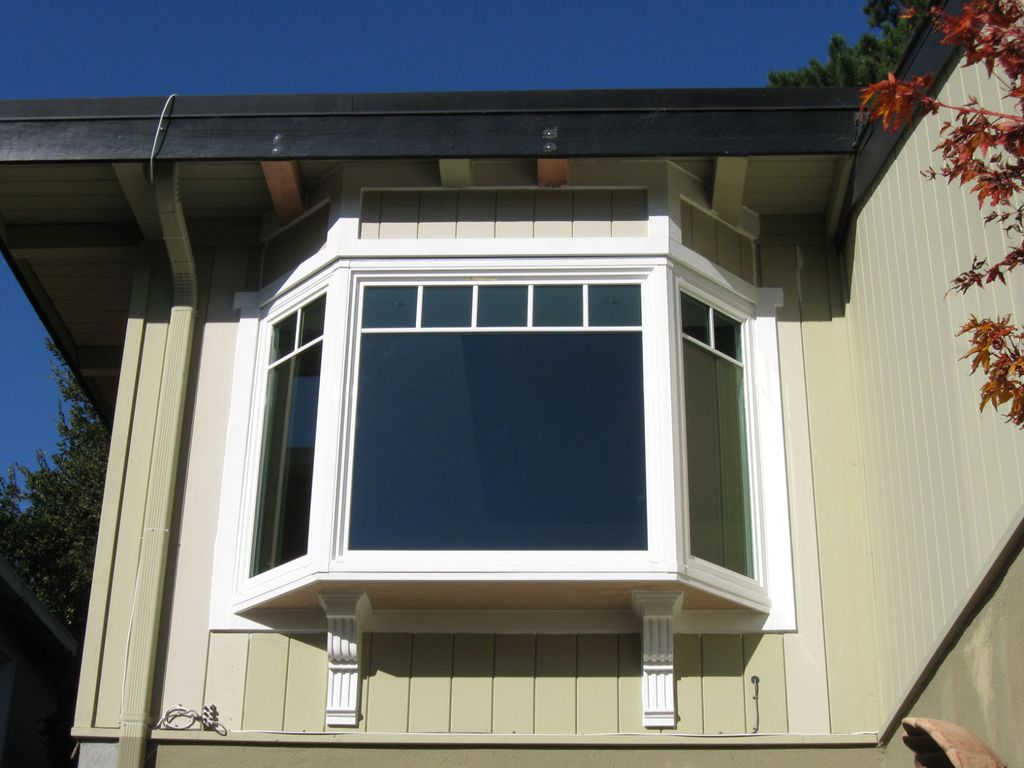 Bay Window with corbels and tie-in