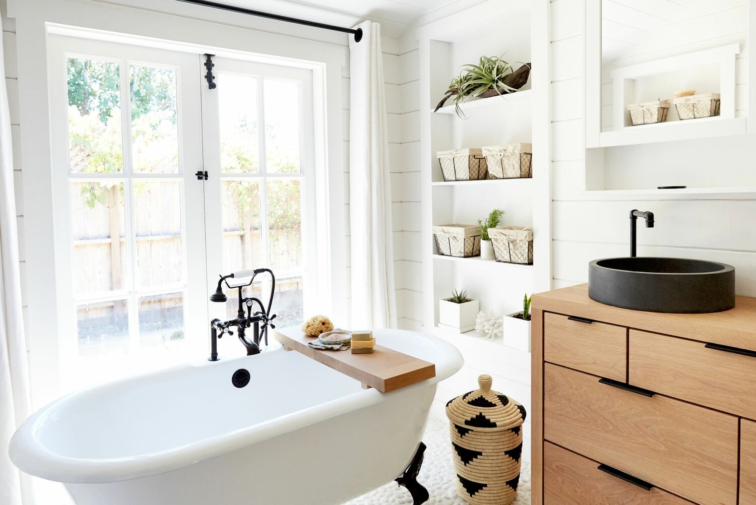 freestanding bath and sink