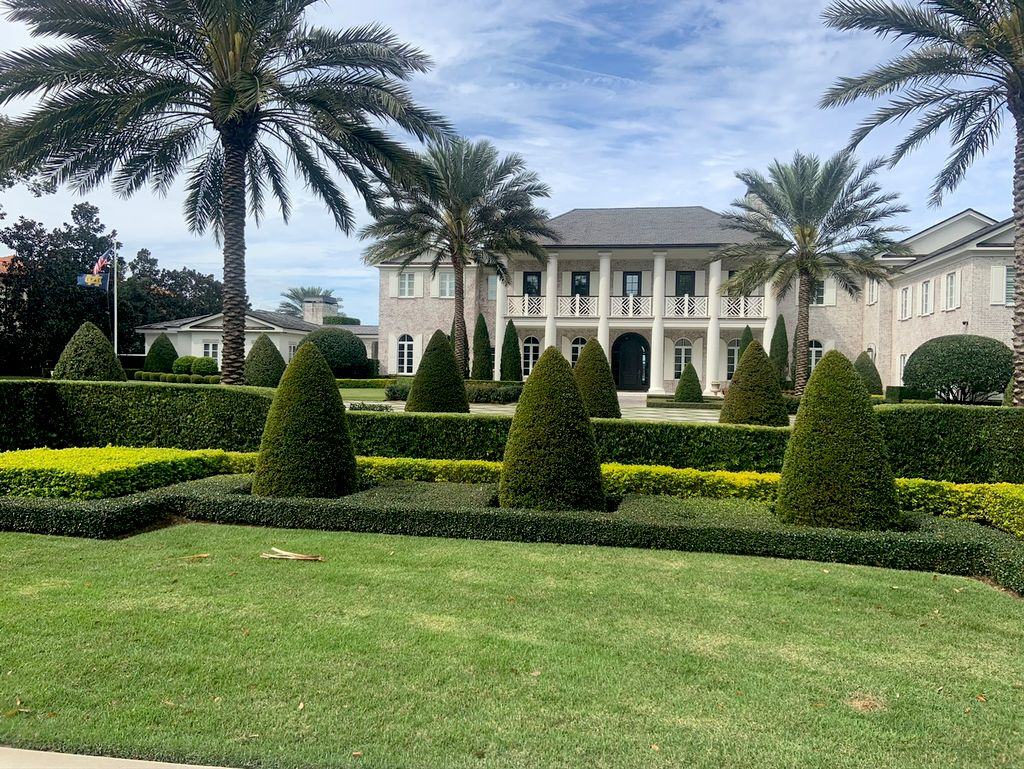 Brooks A1A Lawn care and tree services
