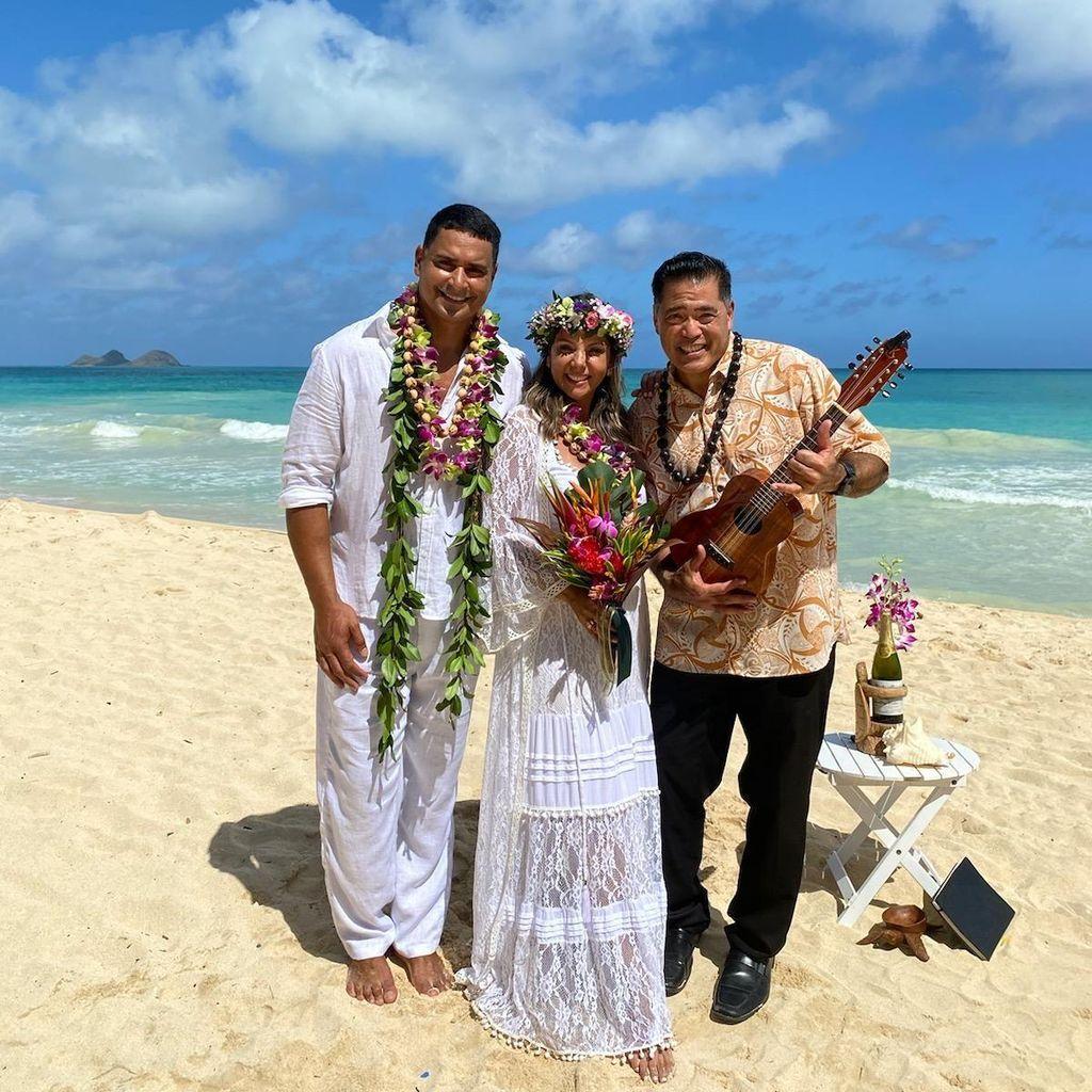 Makaona's Hawaiian Hula Entertainment