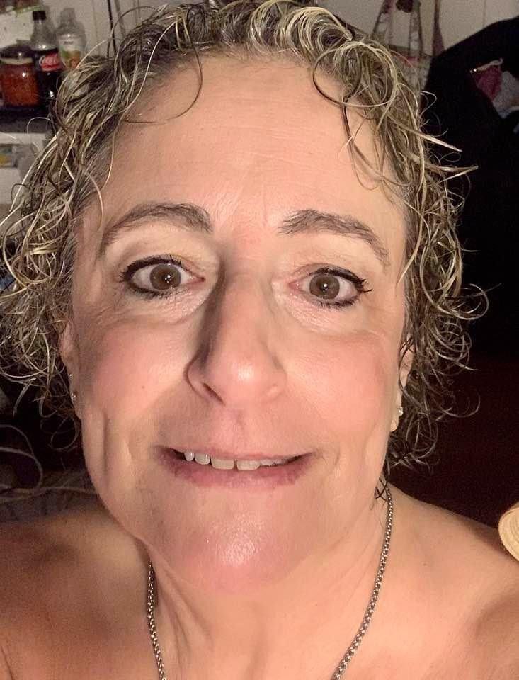 Dr Ellie Edits/The APA Guru