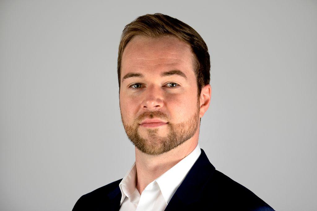 Headshot-Portrait Session - Greg D