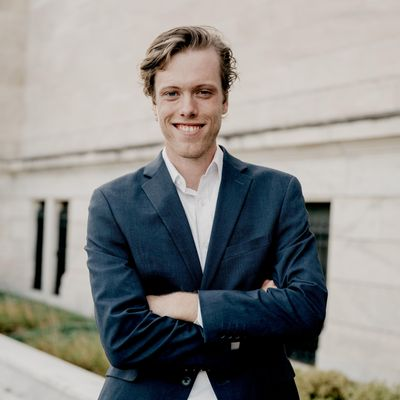 Avatar for Nathaniel Hoyt, Cellist