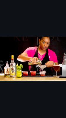 Avatar for Mixing With Mel- Mobile Bartending Service