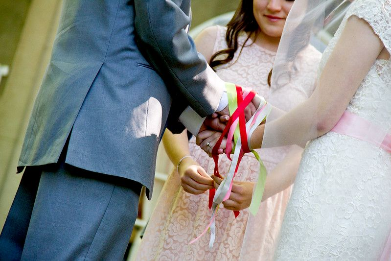 Handfasting aka tieing of the knot