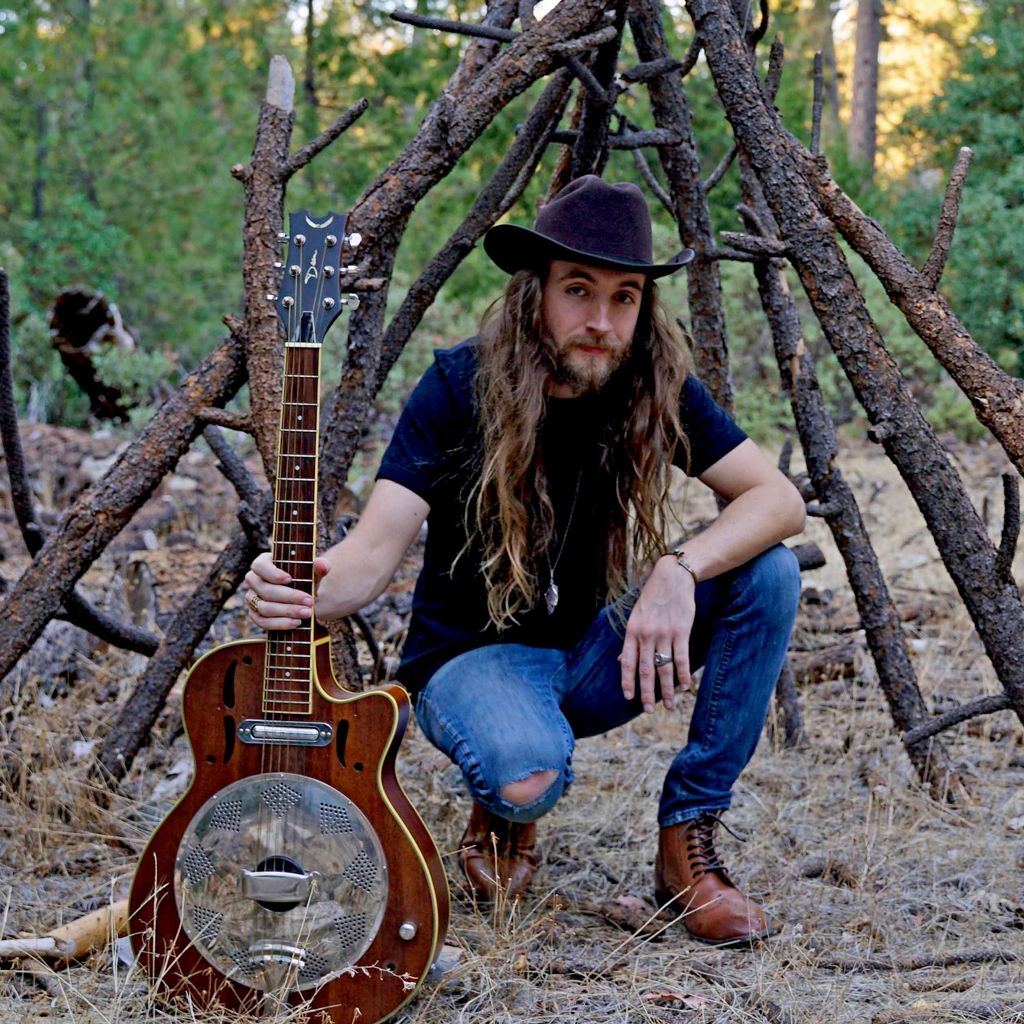 Gabe's guitar and mandolin lessons 🎸