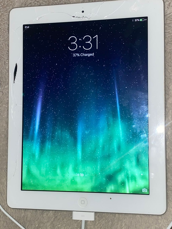 iPad 2 Digitizer & Power Button Repair