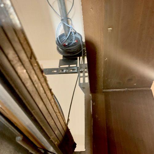 Torsion Cable Off