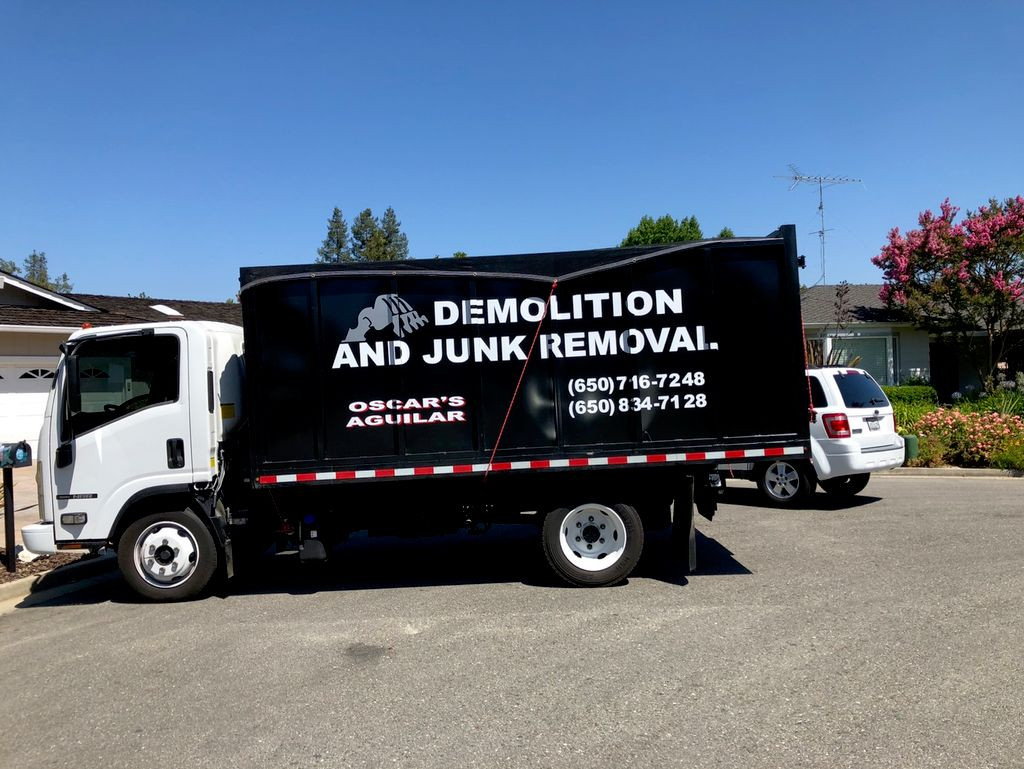 Oscar Demolition & Junk Removal