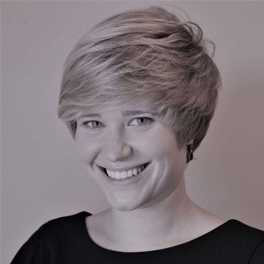Rebecca Wiglama, Wedding Officiant