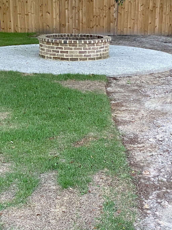 12ft Radius Tabby shell patio with Savannah grays brick fire pit