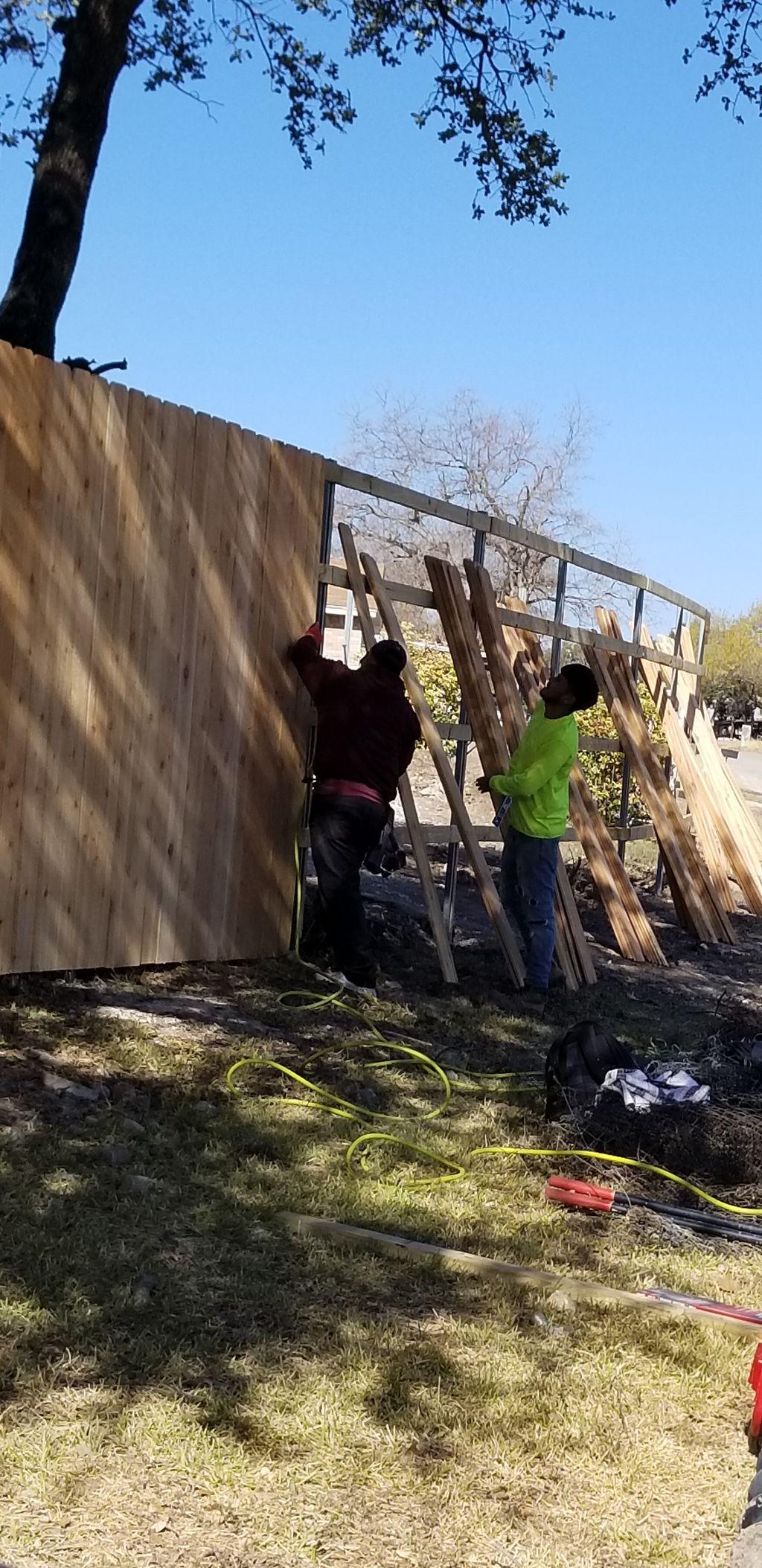 Cedar 8' fence 245'