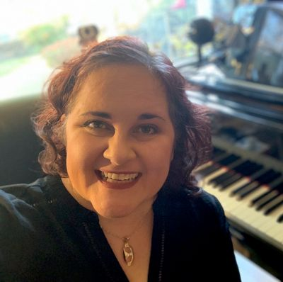 Avatar for Voice & Piano Lessons with Anya Kalina Portland OR