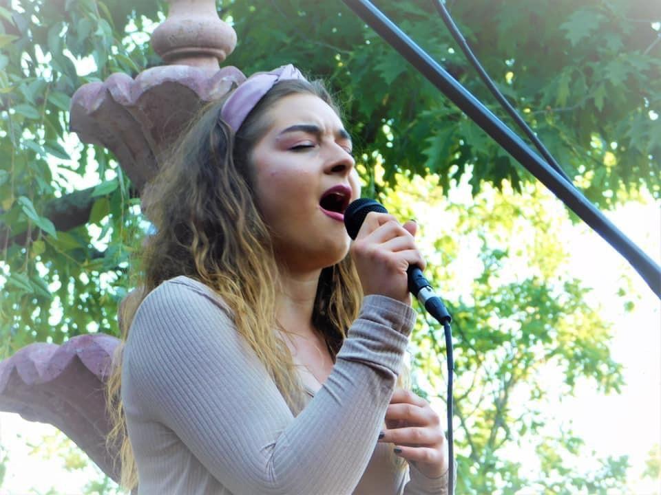 Viktoria Vera Vocal Lessons