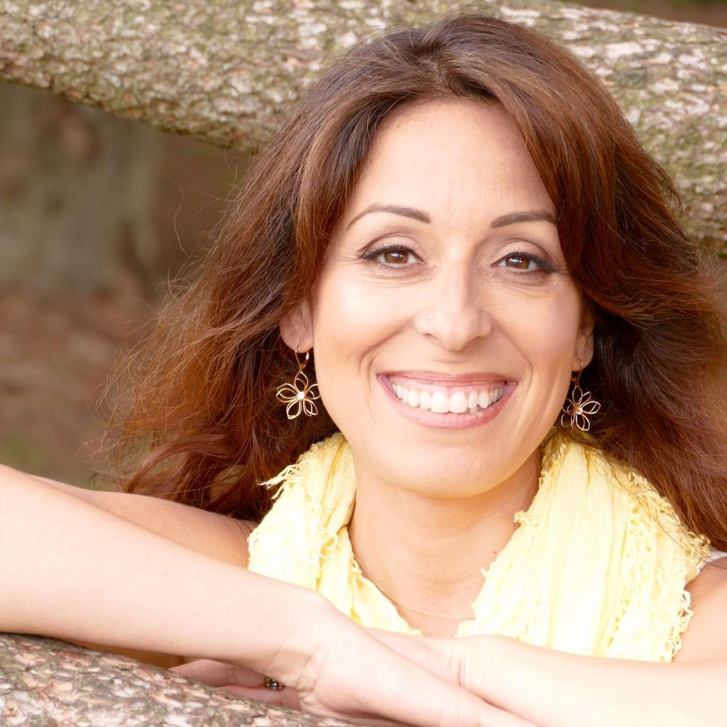 Thriving in Motherhood & Businesses-Maria Gavriel