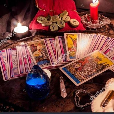 Avatar for Tarot and  psychic life readings love expert