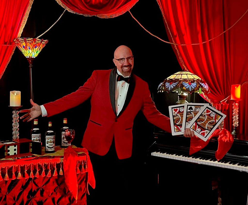 Brian Cassady | Fabulous Magical Entertainment