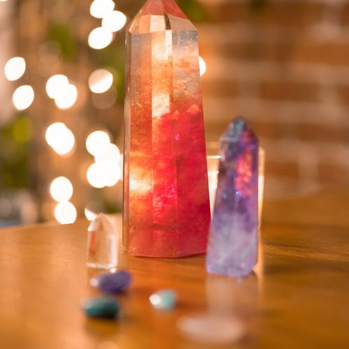 The enchanting power of crystals to heal