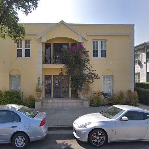 17 Units Apartment - Glendale