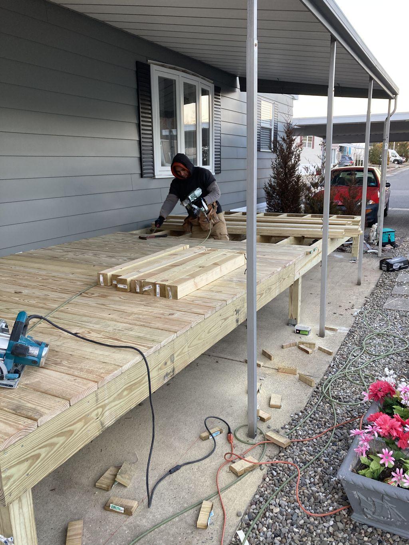 8x22 feet deck