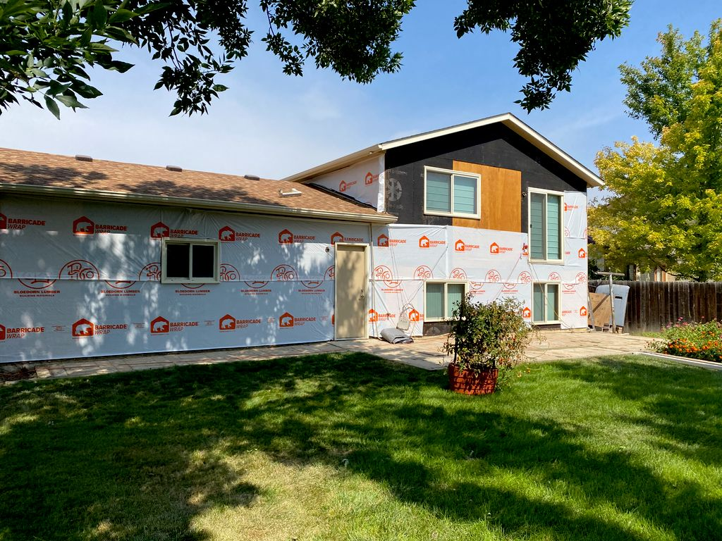 Siding Replacement & Paint
