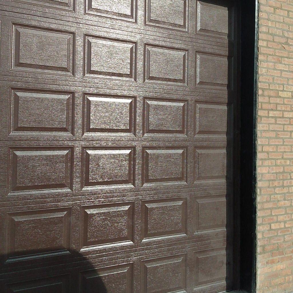 Ruiz Garage Doors and Tuckpointing