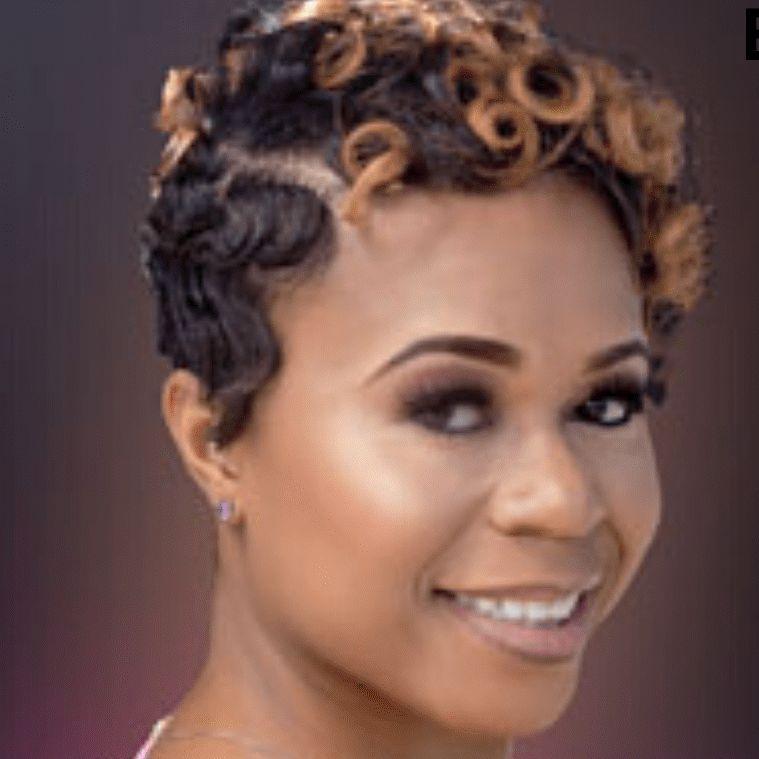 Ebonie Speaks Mental health. Weight loss. CPR