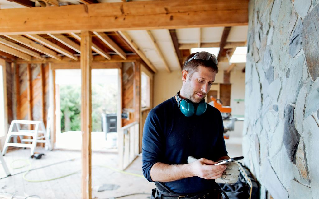 How to hire a contractor.