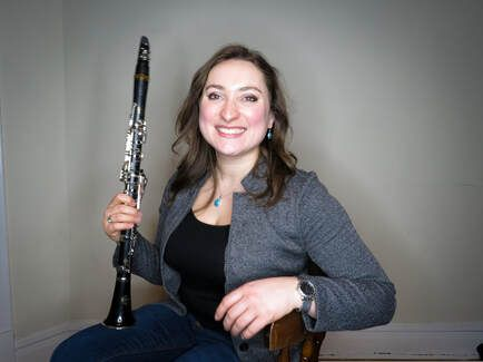 Meet Nora (Online Clarinet and Saxophone Lessons)