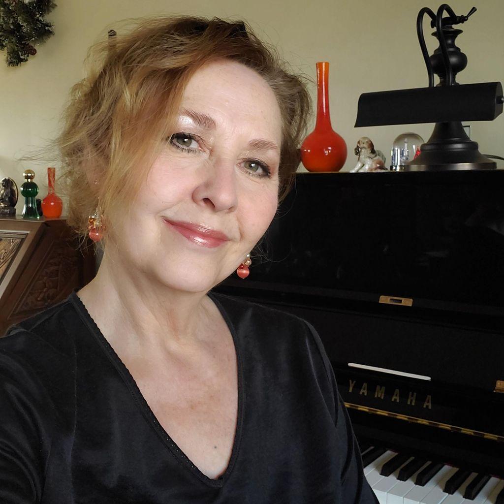 GRAHAM MUSIC STUDIO - Voice, Piano, Composition
