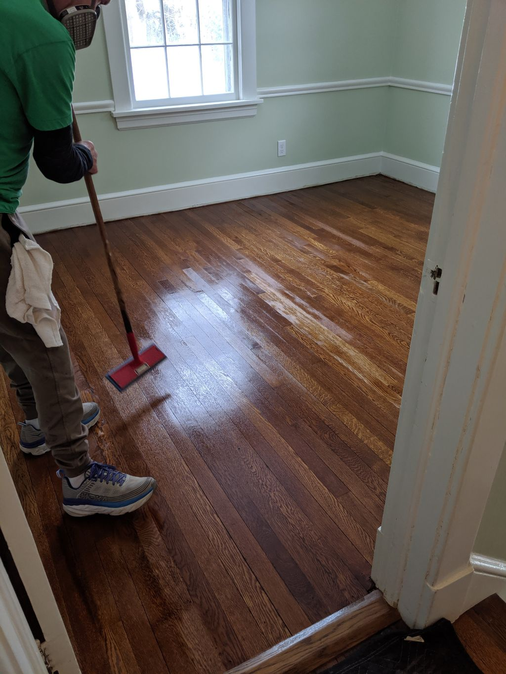 Match bedroom floors to the existing Floors in the hallway