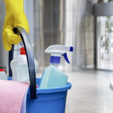 AAA Cleaning Lady Service