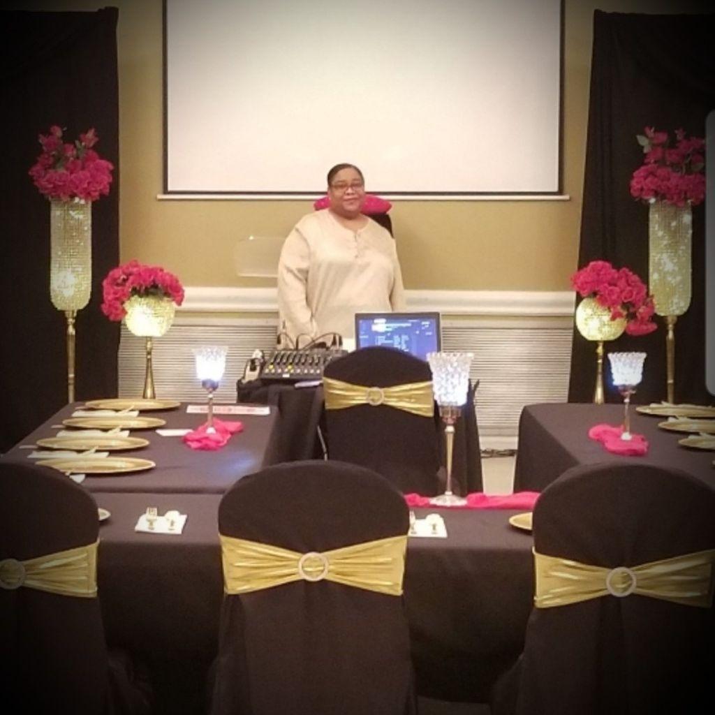 Simply Elegant Event Decor  & Planner