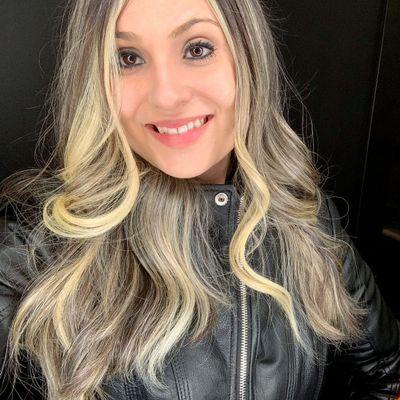 Avatar for Loren Oliveira