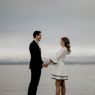 Avatar for Fika Foto - Seattle Wedding & Couple Photography