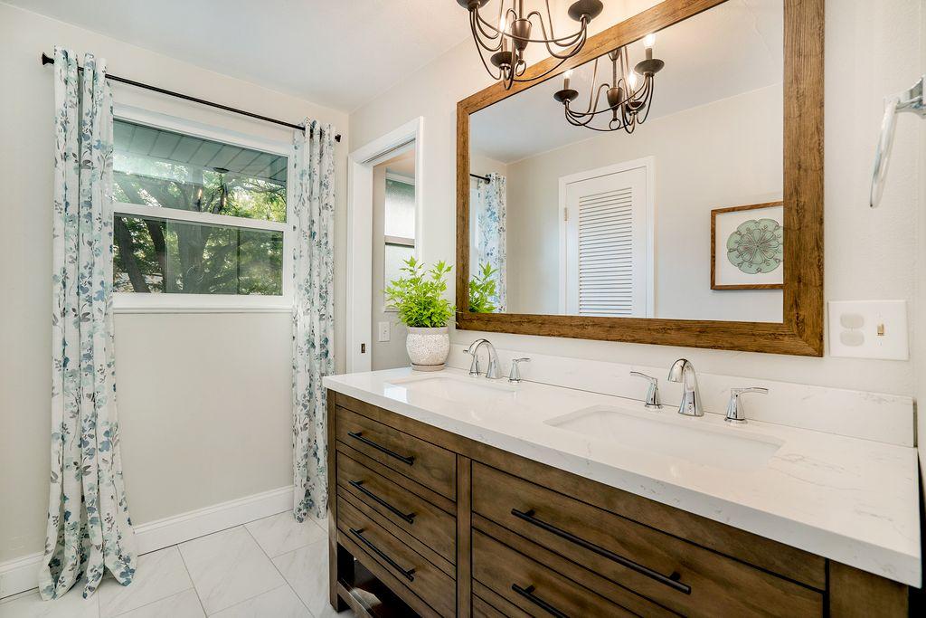 Full Master Bathroom and Closet