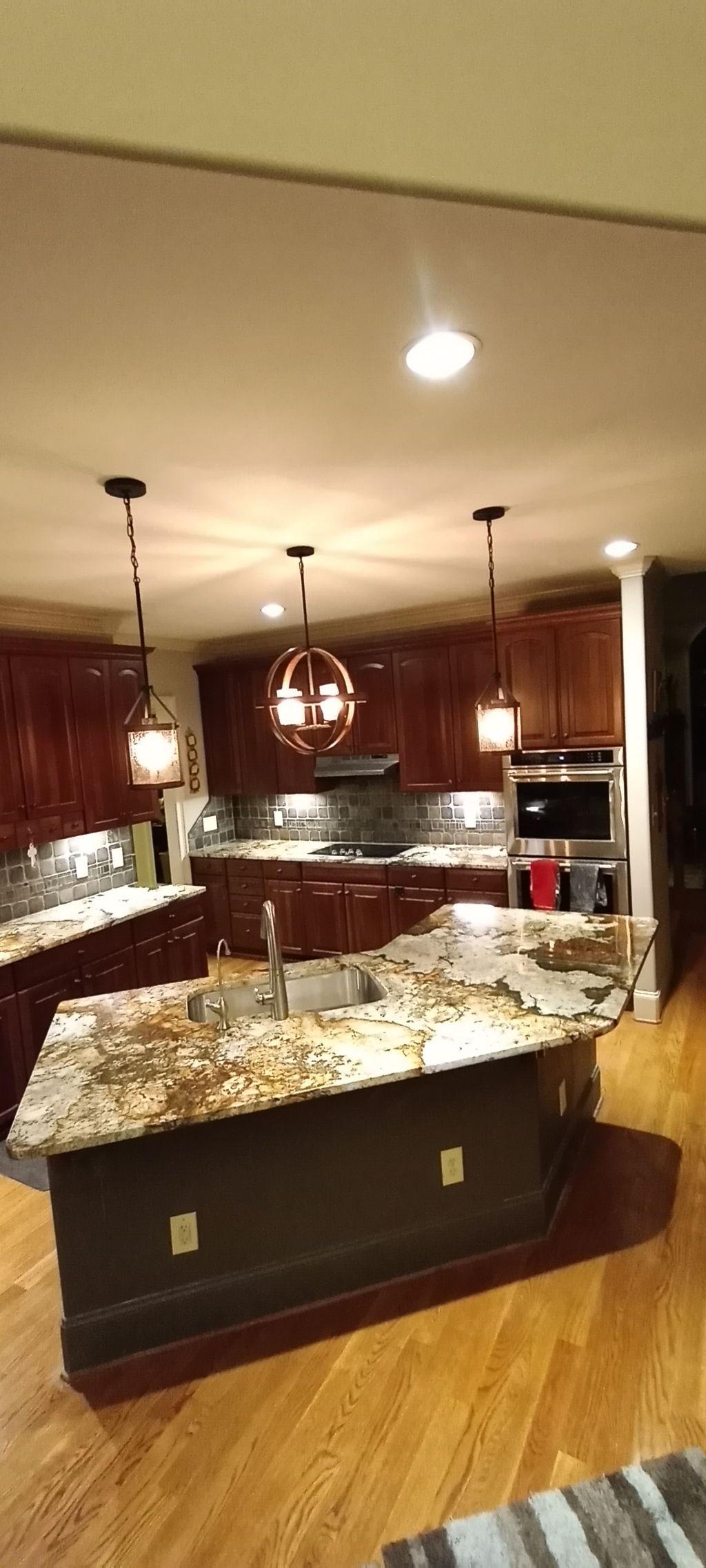 High End Kitchen---------