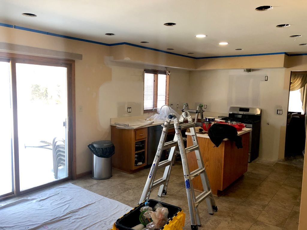 Kitchen Painting, color change and ceiling repaint