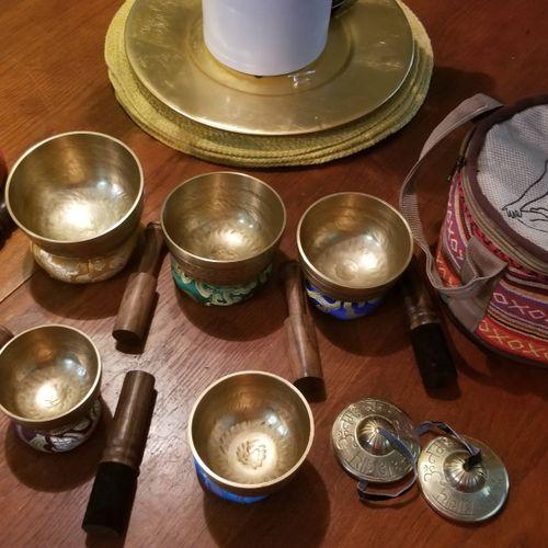 Singing Bowls for Sound Healing