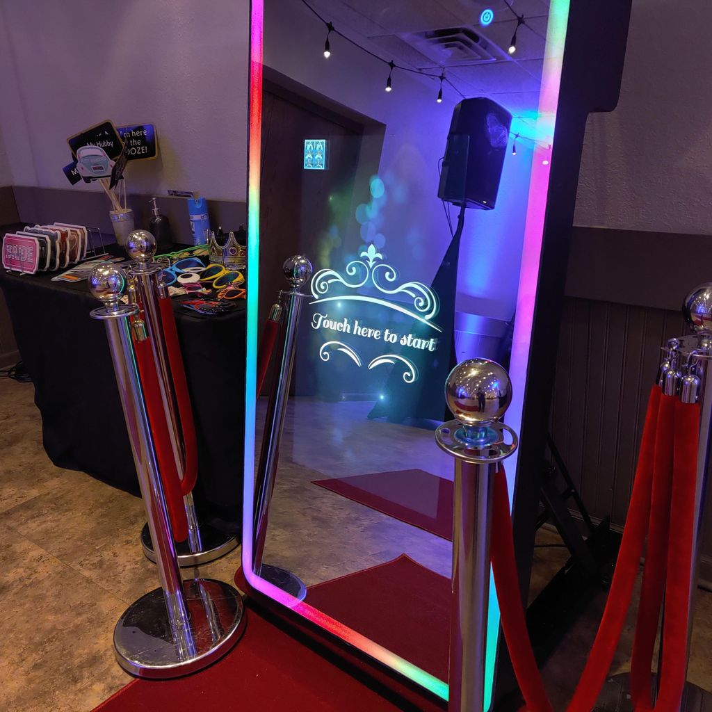 Keicy Photo Booth rentals Chicago