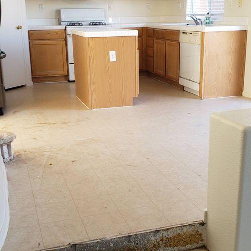 preparing kitchen to intall laminate floor.