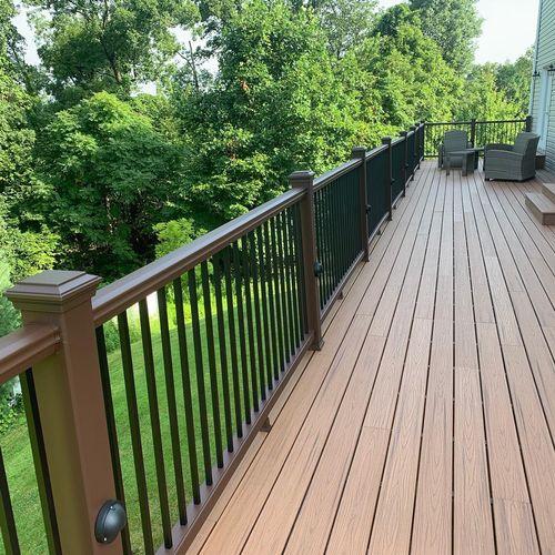 Large deck in Wayne, NJ