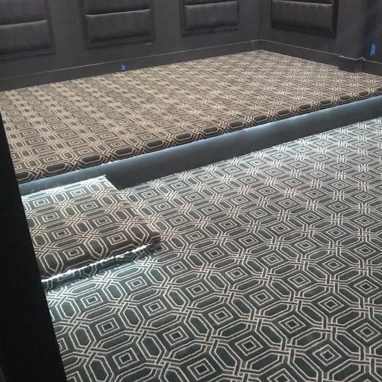 Robert's Carpet and More