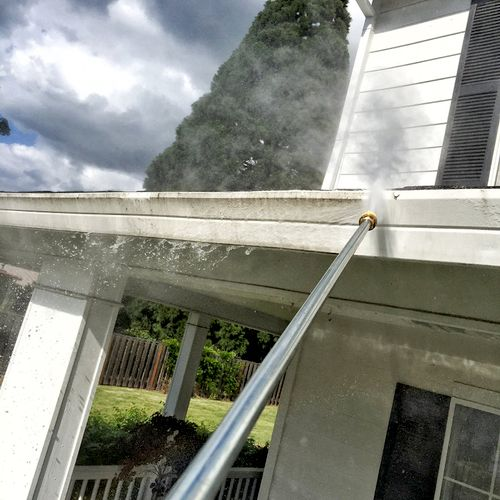 Pressure washing of gutter faces