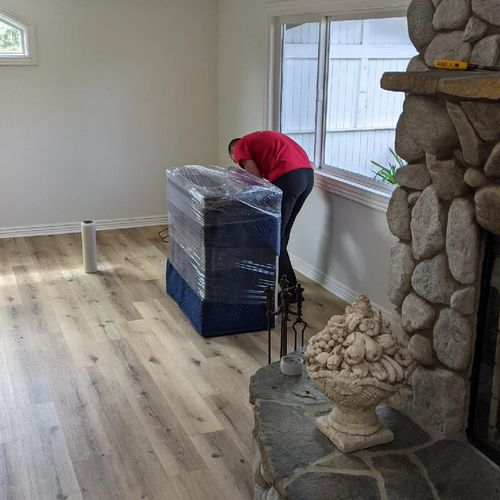 Best movers in Los Angeles. Affordable rates and no extra fees