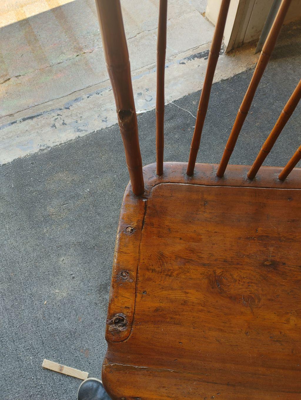 Colonial bench restoration