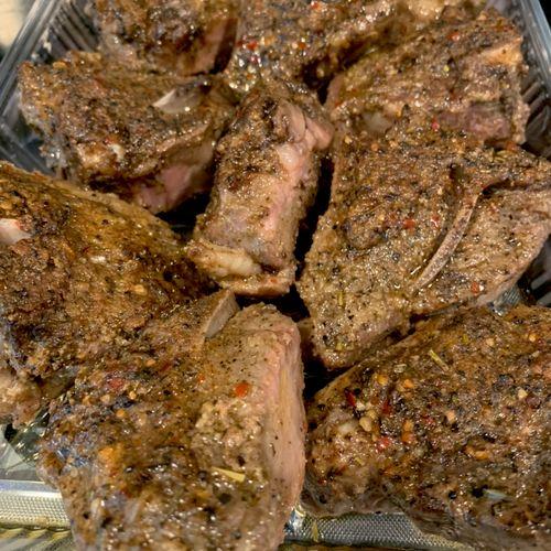 Spicy garlic baked lamb chops