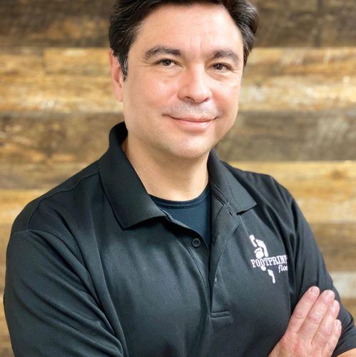 Alfonso Ferreira - Owner of Footprints Floors Northern LA Valleys