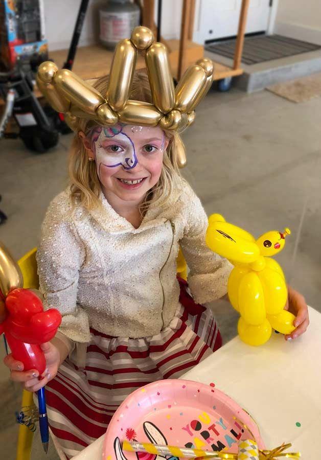 Face painting and balloons - Santa Rosa 2021
